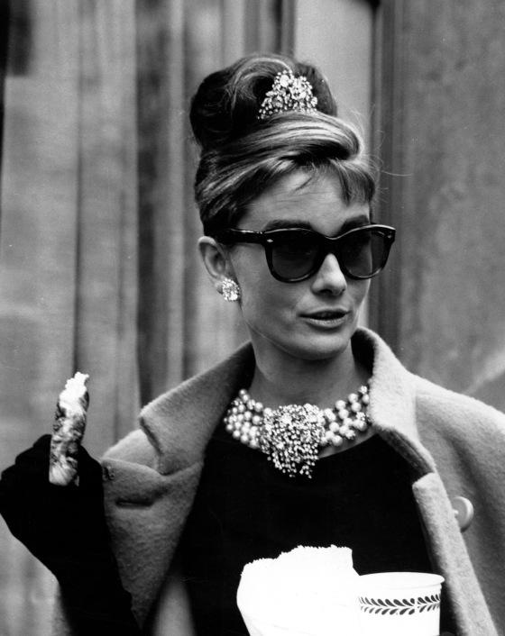 Audrey-Hepburn-4-Colazione-da-Tiffany
