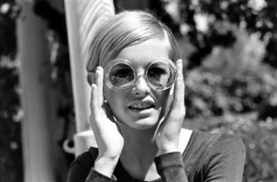moda-anni-60-occhiali-da-sole-tondi
