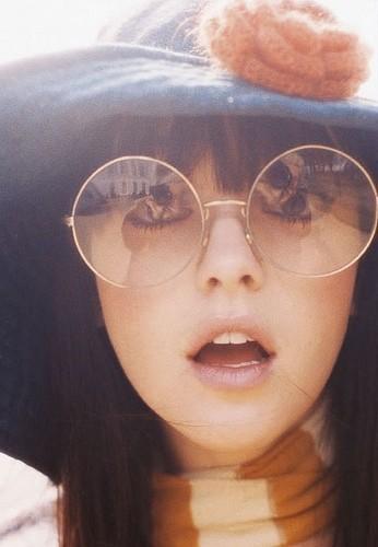 moda-anni-70-occhiali-tondi