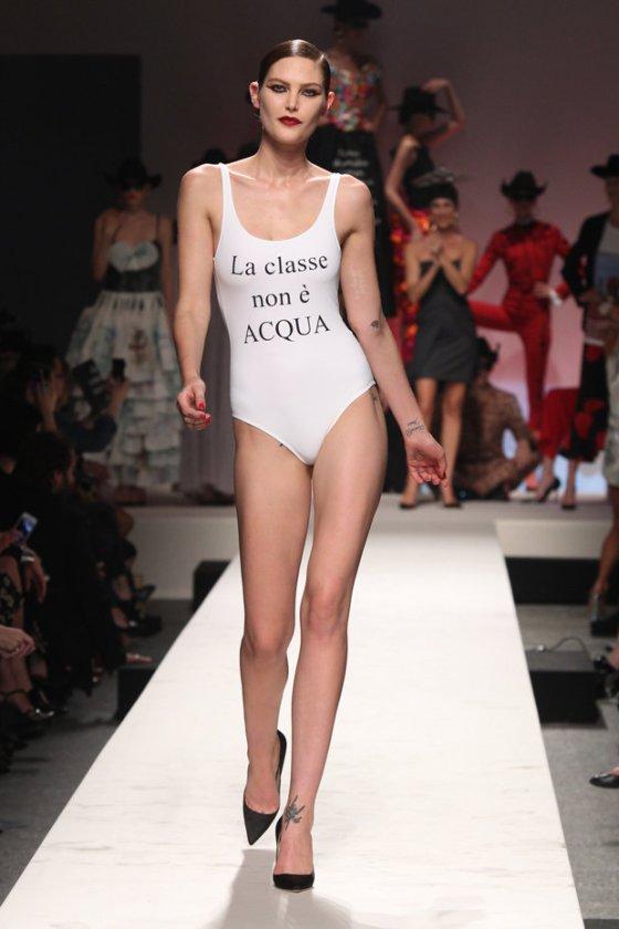 moschino-30-anni-fashion-week-1