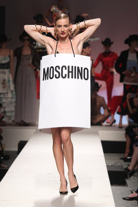 moschino-30-anni-fashion-week-2